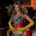 2011(Victoria's Secret)  Maryna Linchuk() 