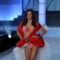2011(Victoria's Secret) Miranda Kerr()