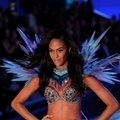 2011(Victoria's Secret) Joan Smalls() 