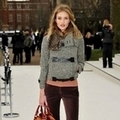 Rosie Huntington- Whiteley出席Burberry Prorsum2012秋冬倫敦大秀
